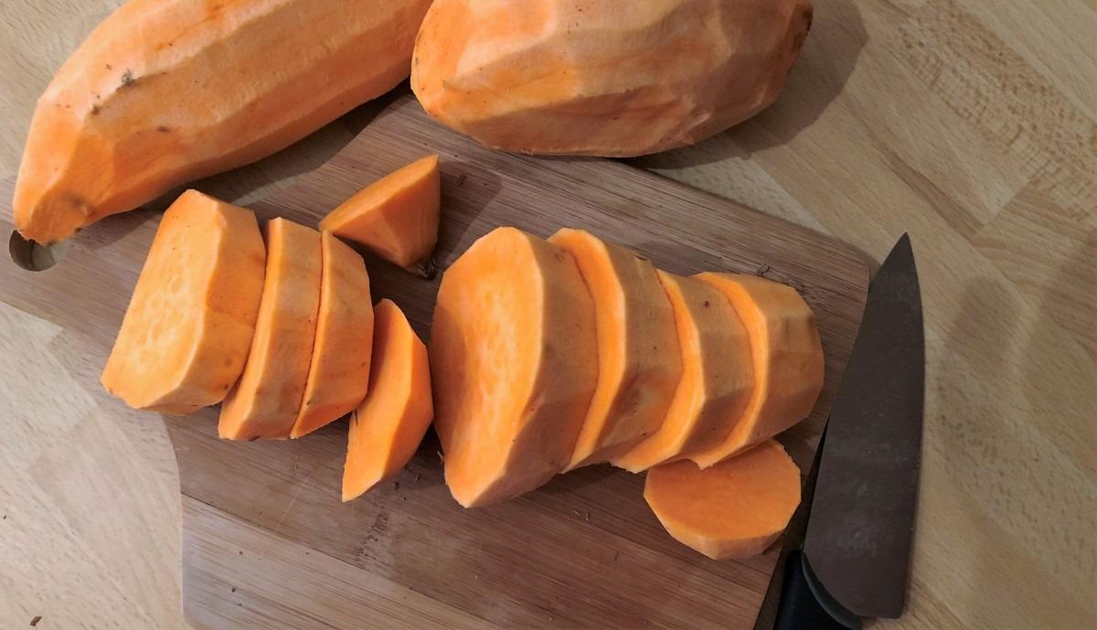 Homemade Dog Treats: Sweet Potato Dog Treat Recipe