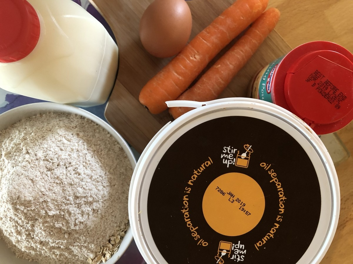 Homemade Dog Treat: PEANUT BUTTER AND CARROT BISCUIT RECIPE
