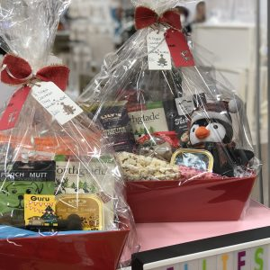 doggy_christmas_day_out_dog_christmas_hamper