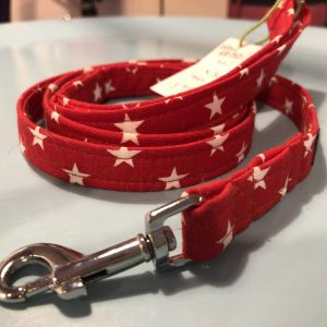 ditsy_pet_red_star_dog_lead